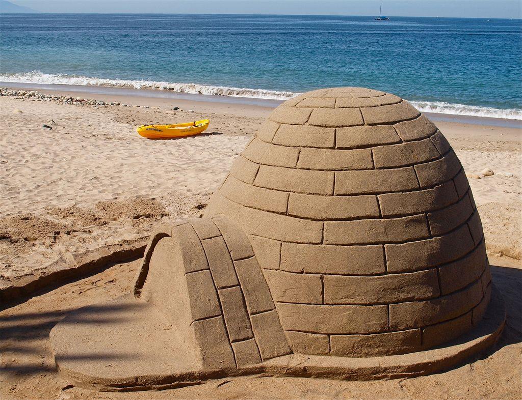 Forma pentru castele de nisip sau iglu de zapada