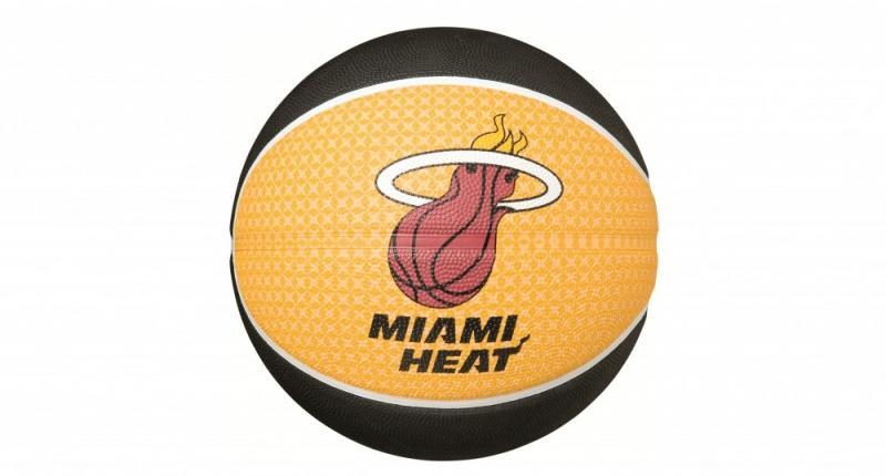 Minge de baschet Spalding Miami Heat nr. 7