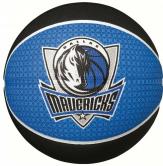 Minge de baschet Spalding Dallas Mavericks nr. 5